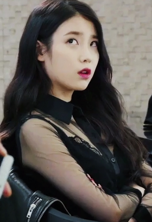 kpop sexist outfit iu
