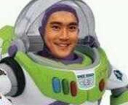choi siwon look alike toy story buzz
