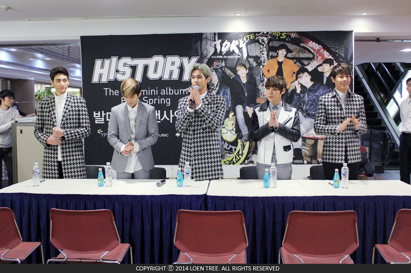 10 Things That Happen At Idol Fan Signing Events