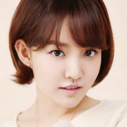 YounHa Profile: South Korea's Representative Singer-Songwriter
