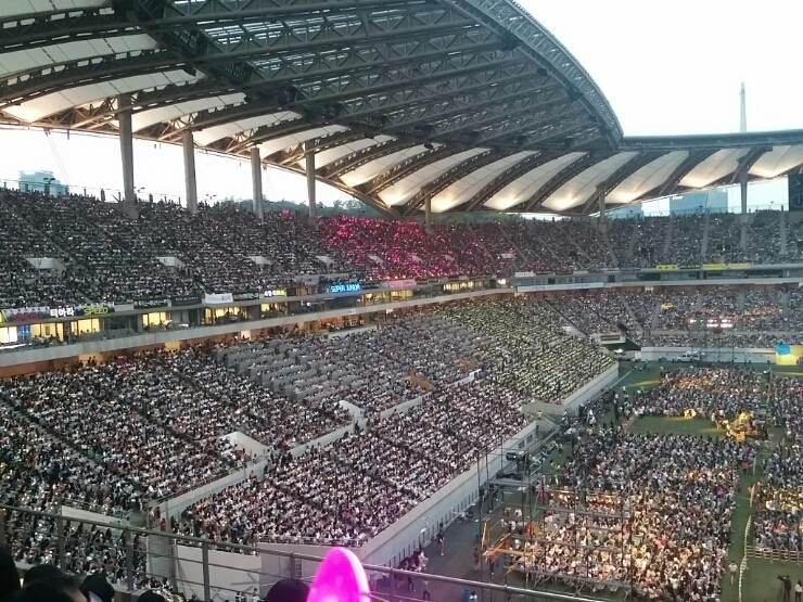 dream concert, dream concert 2016, dream concert 2015, dream concert performances, dream concert fandom, dream concert lights, dream concert fan colors, dream concert fan lights, dream concert red velvet