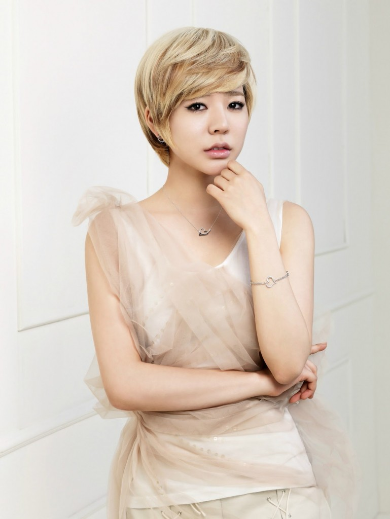 Fine Korean Beauty Tip Tuesday Top 10 K Pop Hairstyles To Captivate Short Hairstyles For Black Women Fulllsitofus
