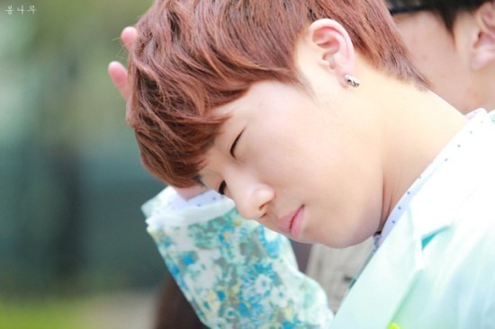 K-Pop Idols' Monday Moods That are Totally You Right Now