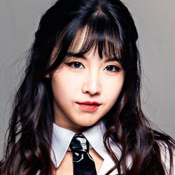 Wanna.B Profile: Girl's Day MinAh's Uniform Sisters