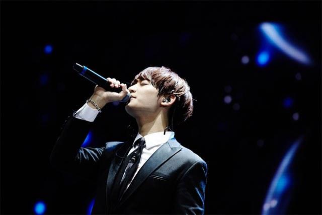 kpop, kpop idols, kpop male idols, kpop male idols side profile, kpop side profiles, kpop beauty, kpop pretty, kpop pretty idols, minho 2016