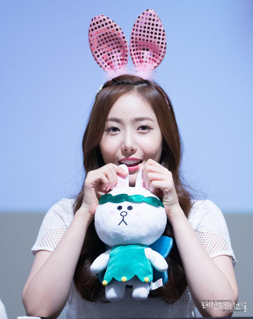 kpop, kpop idols, kpop dolls, kpop idols characters, kpop idol character, kpop idol character dolls, sinb doll