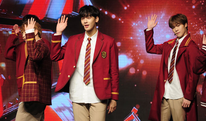 astro, kpop astro, astro showcase, astro showcase 2016, astro autumn story, astro confession, kpopmap astro, moonbin, cha eunwoo, mj, jinjin, rocky, yoon sanha
