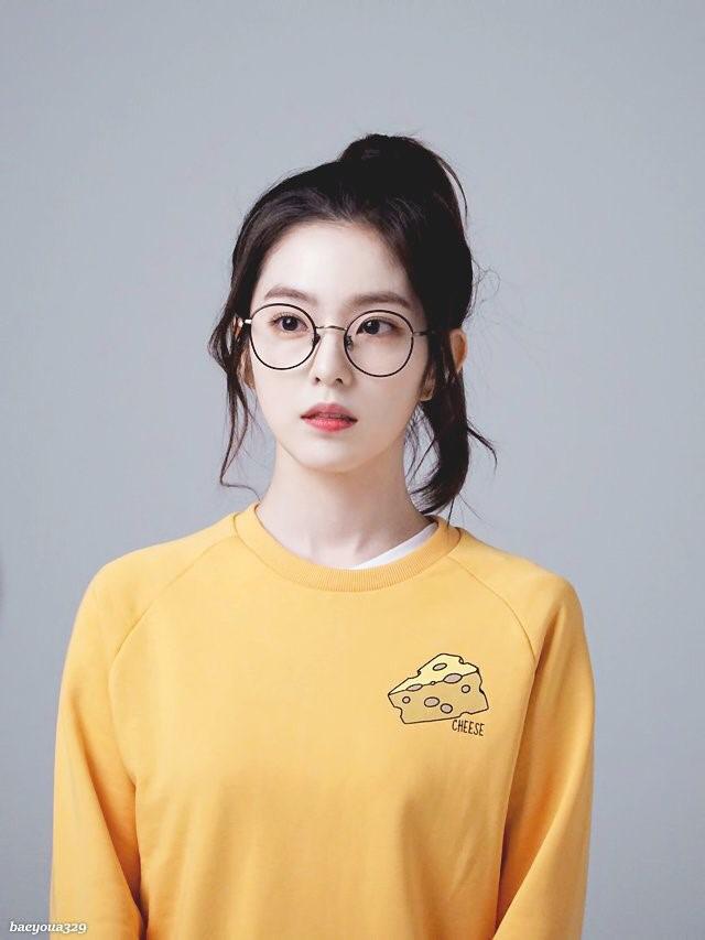 TaeYeon, Seo HyunJin, Irene, SM Beauties