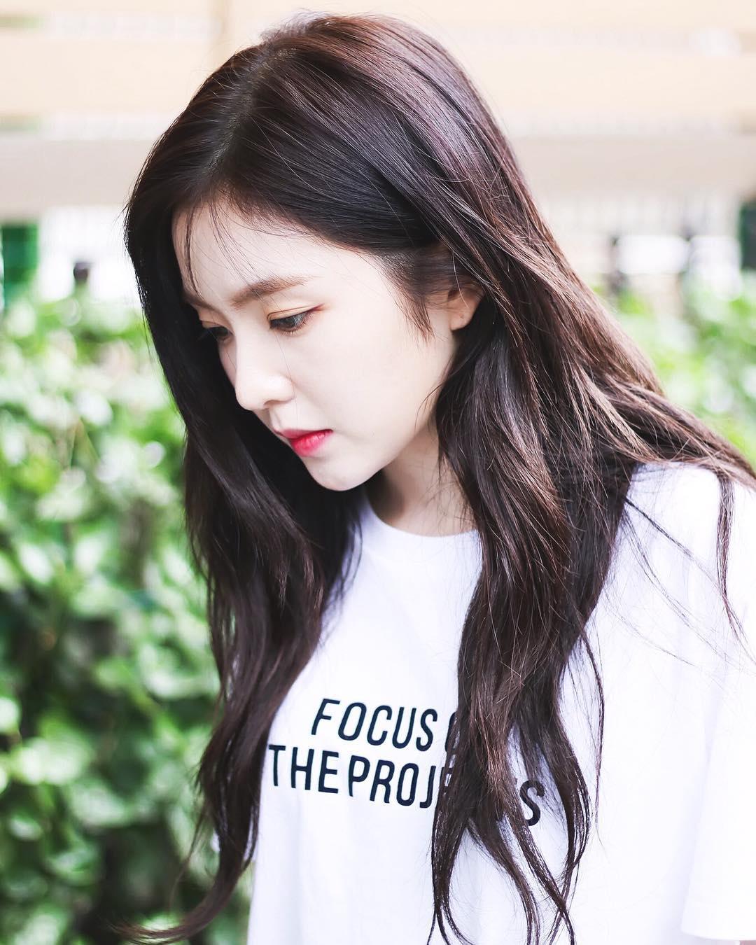 irene side profile, irene jawline, bomi jawline, luda side profile, female idol side profile, female idol jawline, kpop idol jawline