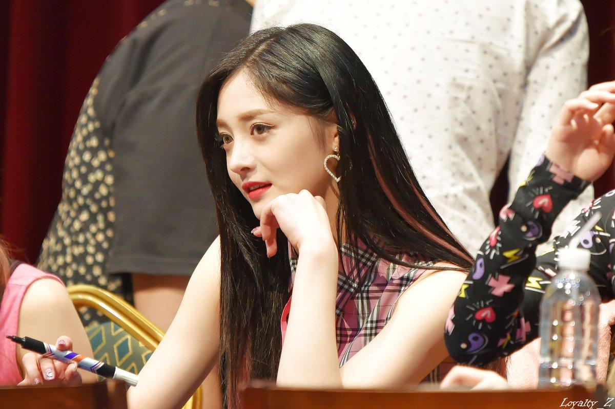 yg entertainment, yg idol, blackpink, rose, jennie, jisoo, lisa, chanhyuk, akmu, yg dating ban, pledis dating ban, kyulkyung