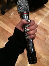 Idols Who Use Their Unique Custom-Made Microphones