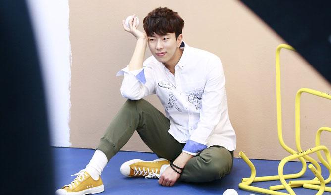 Yoon HyunMin, Yoon HyunMin Drama, Korean Drama, Korean Movie, Korean Actor Profiile, Witch;s Court, I Live ALone