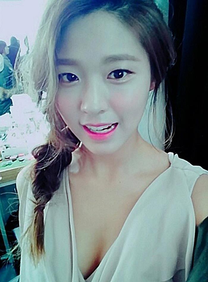 AOA SeolHyun's Selfie Compilation