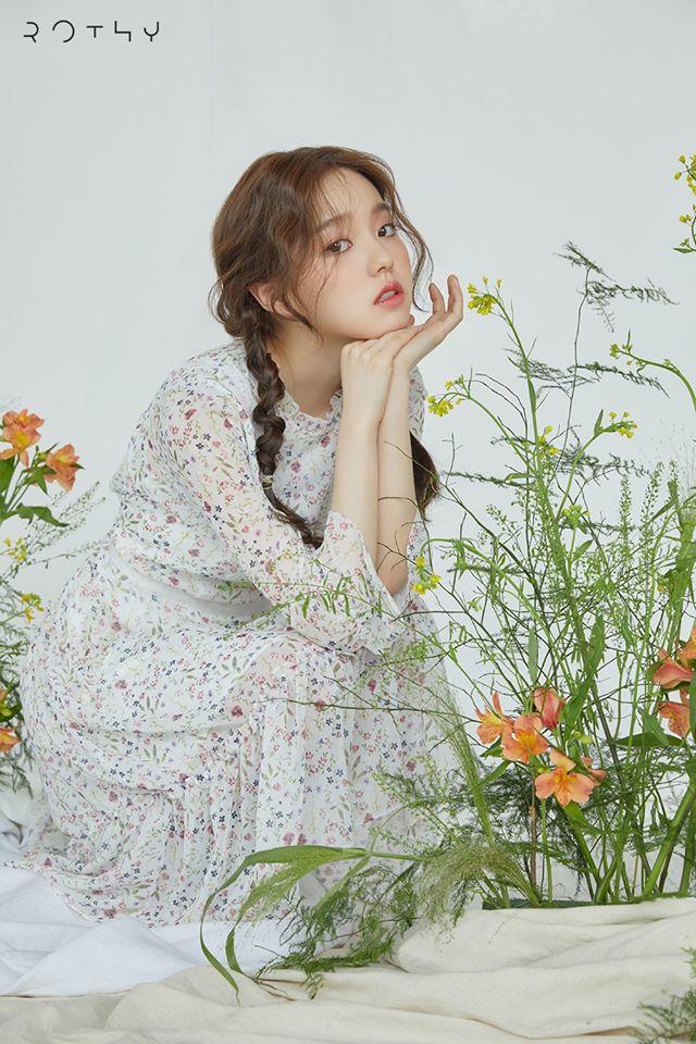 Rothy Profile: Rising Female K-Pop Singer Songwriter