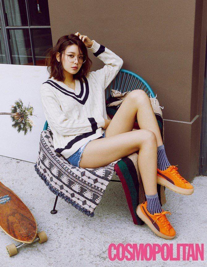Photo )) SooYoung For April Issue of PUMA X COSMOPOLITAN Magazine