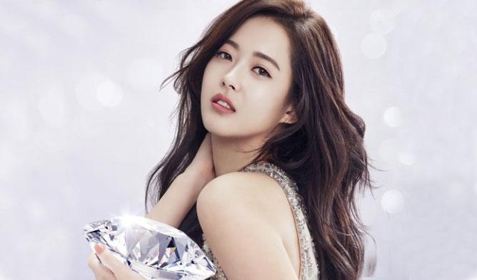 go ara, go ara profile, go ara actress, go ara hairstyle, go ara hair, go ara fashion