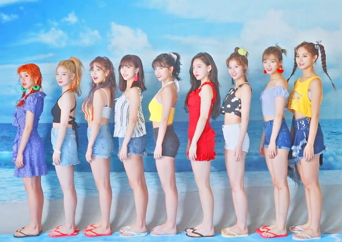 Fans See TWICE's Most Accurate Height Representation