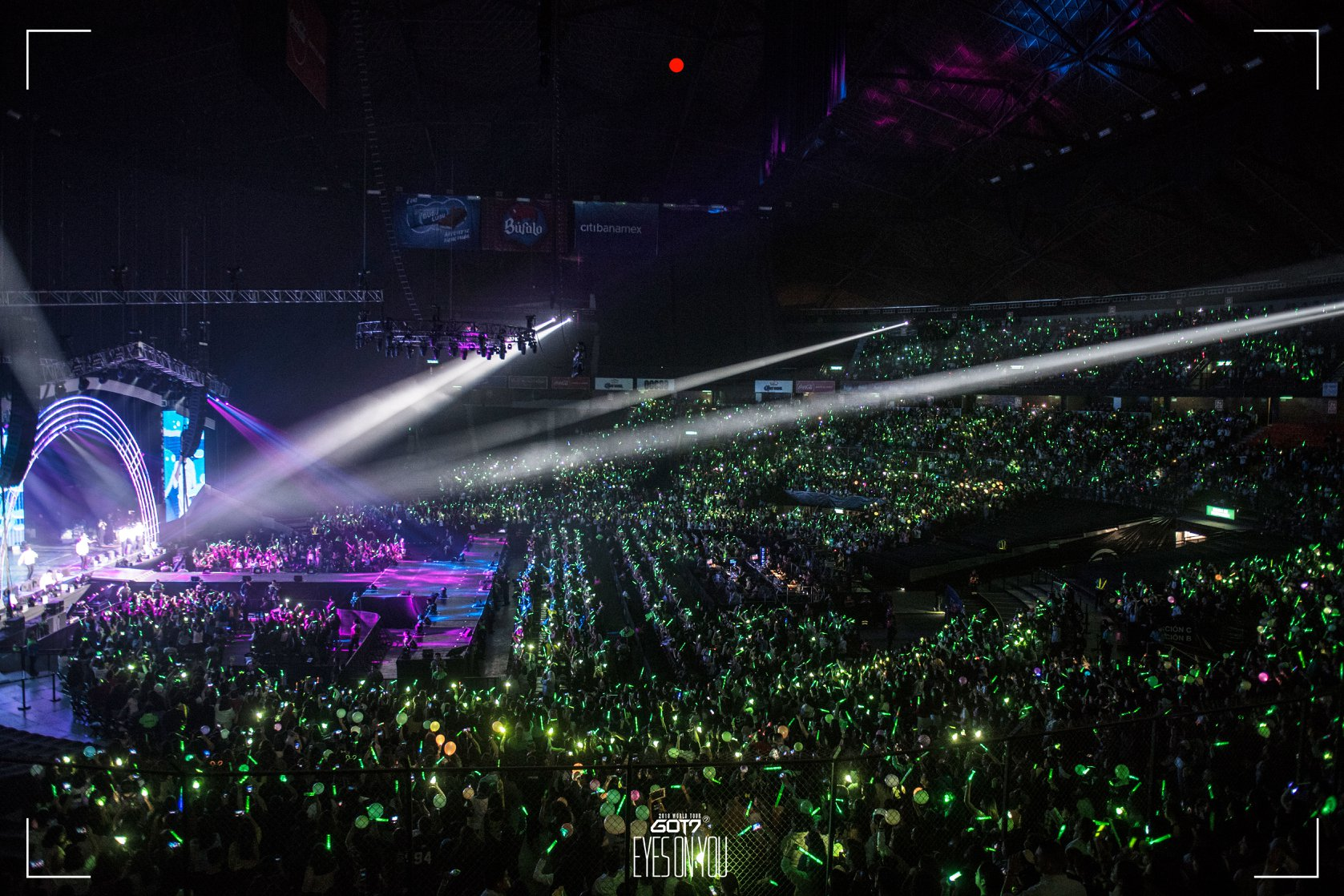 3 Reasons Why K Pop Fans Want To Be Part Of The Lightstick
