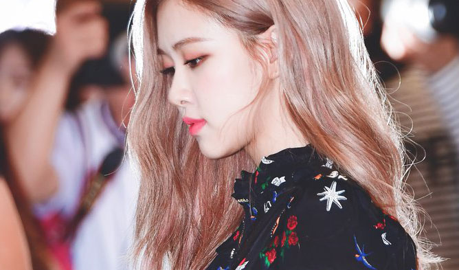 Rosé blackpink, rose fashion, airport fashion blackpink
