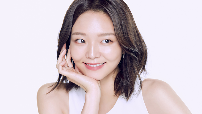 "Esom Profile: Model And Actress Of ""The Third Charm"" & ""Save Me 2"""
