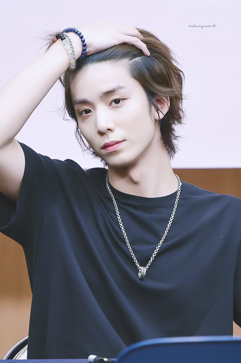 first meeting ( ft. HATAKE ) - Page 2 Hwiyoung-sf9-pic-3