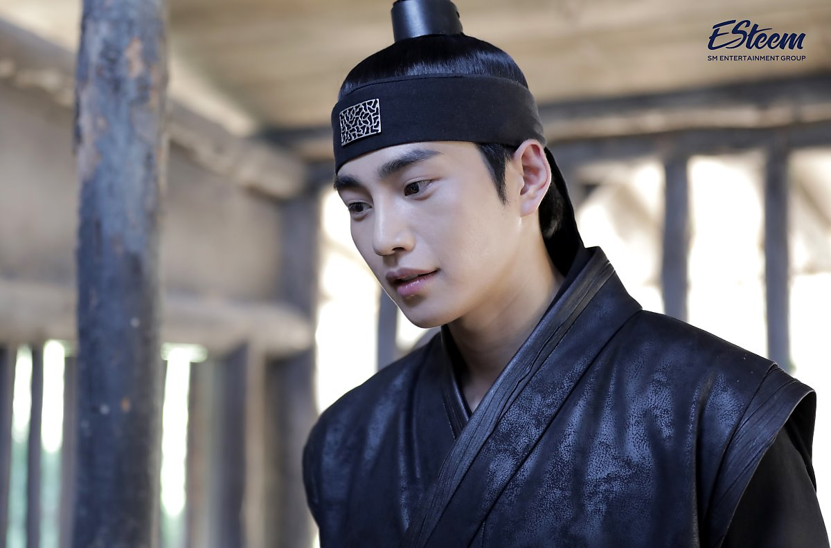"""Kim JaeYoung Wows Viewers Of """"100 Days My Prince"""" With Handsome Look"""