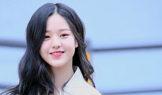izone, izone jang wonyoung, jang wonyoung, pd48 center, top 12, jang wonyoung profile, izone members, izone facts, izone profile