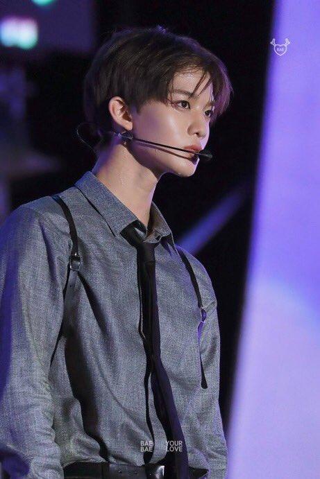 wanna one, wanna one profile, wanna one members, wanna one facts, wanna one bae jinyoung, bae jinyoung, wanna one height, bae jinyoung age