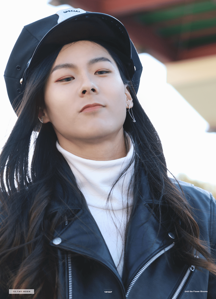 """Netizens Think That """"Produce 101"""" S2's Jang MoonBok Is Getting Prettier"""