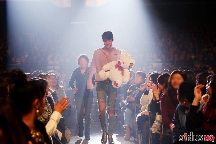 korean actors tall, actors height, actors 187 cm, kim woobin