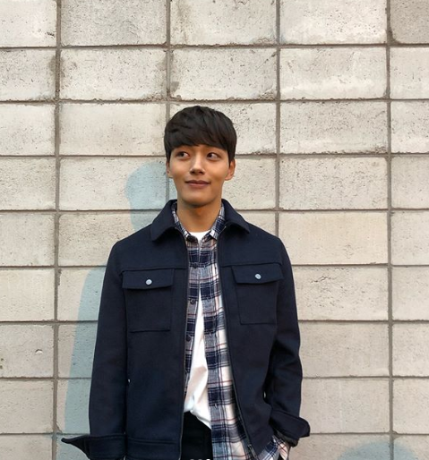 Actor Yeo JinGoo Impresses With Boyfriend Material Pictures