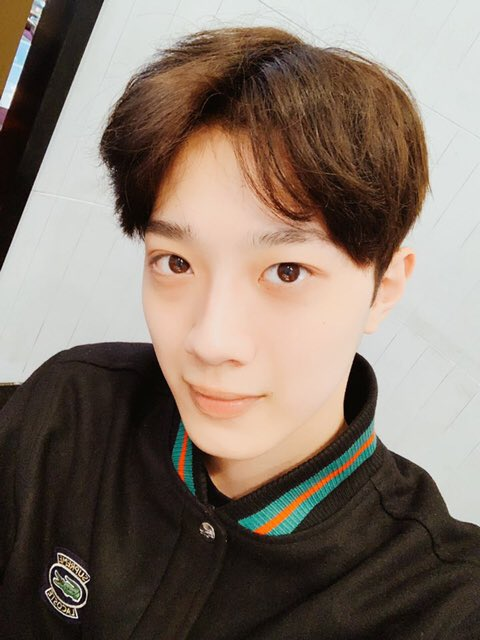 lai kuanlin, lai kuanlin profile, lai kuanlin facts, lai kuanlin weight, lai kuanlin height, lai kuanlin age, lai kuanlin wanna one, wanna one, cube,