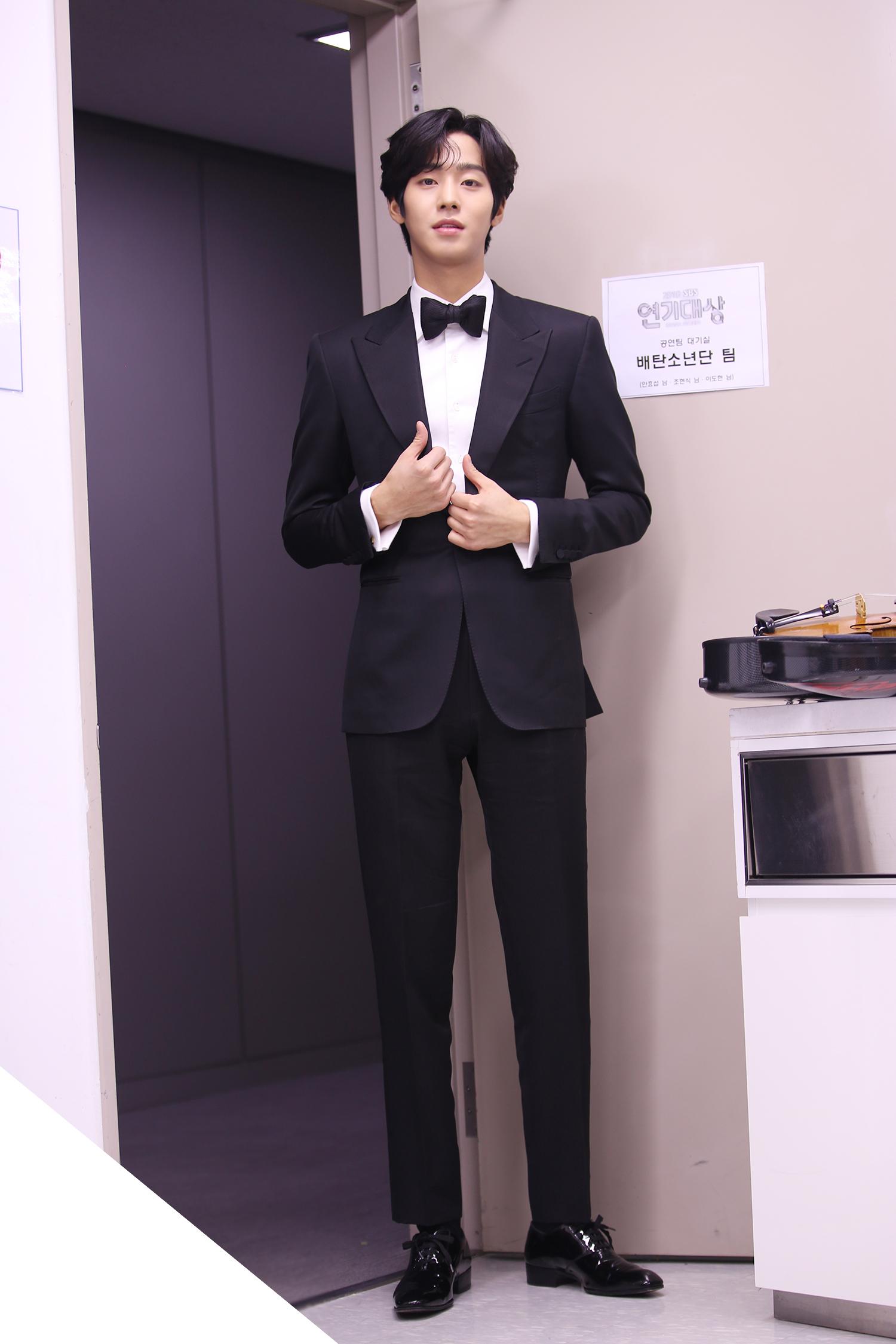 tall korean celebrities, idols 187 cm, actors 187 cm, ahn hyoseop