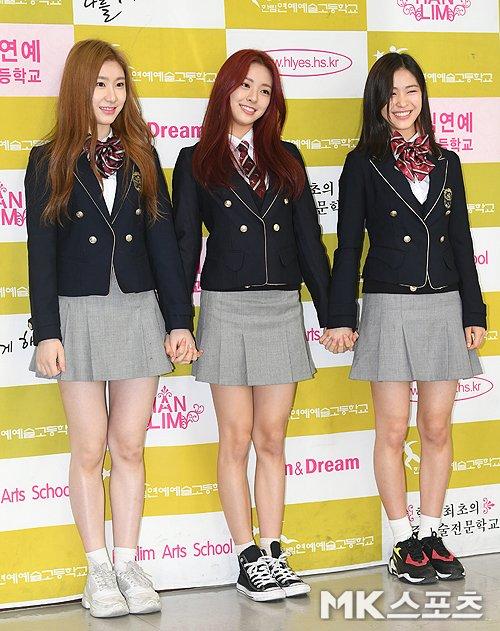 11 K-Pop Idols Spotted Attending Hanlim Multi Arts School Entrance Ceremony