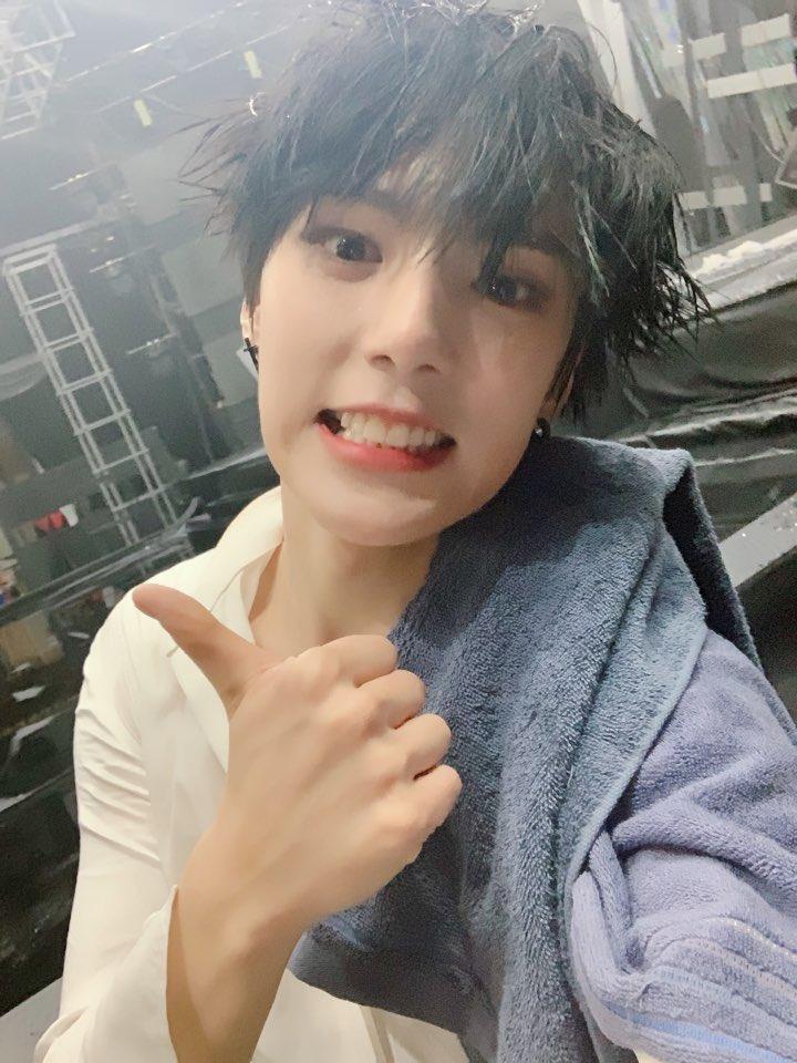 boyfriend material idol, kpop idol boyfriend