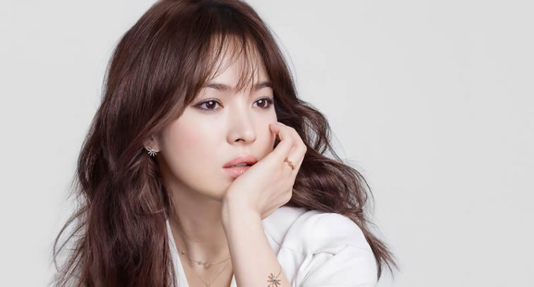 Top Beautiful Female Faces Of Asia Chosen By Industry Professionals