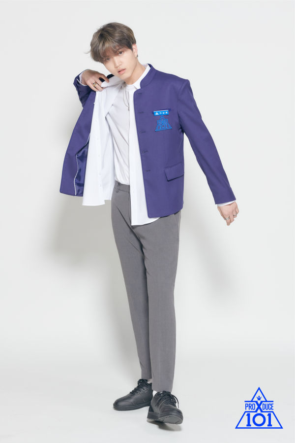 """13 """"Produce X 101"""" Trainees Who Are 185 cm And Above"""
