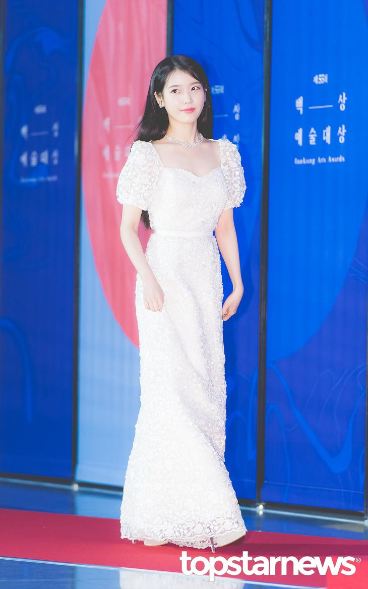 5 Actresses With Gorgeous Dresses On The 55th BaekSang Arts Awards Red Carpet