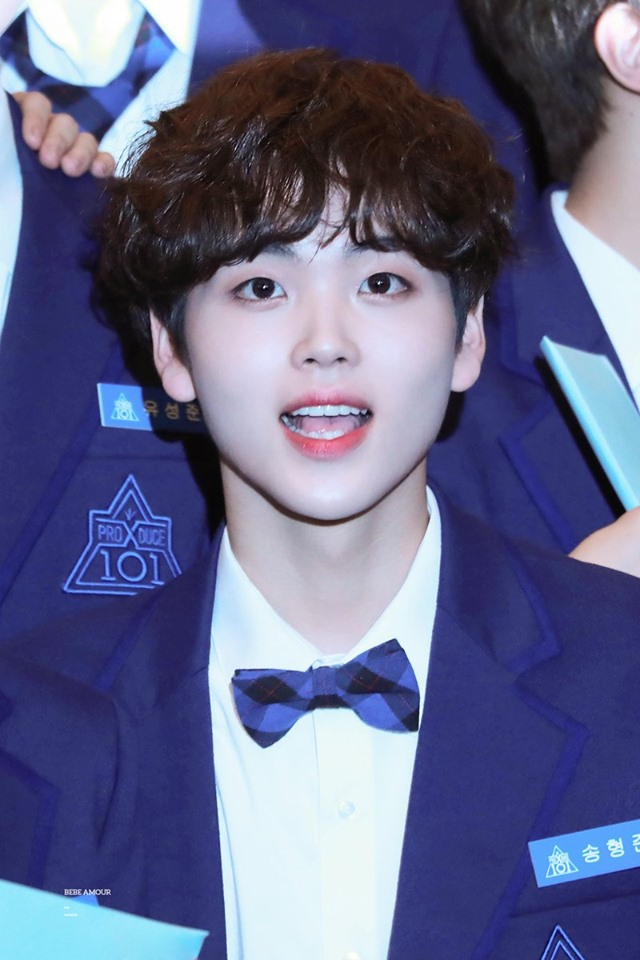 """Netizens Divided Over """"Produce X 101"""" Song HyeongJun Possibly Having Laminated His Teeth"""