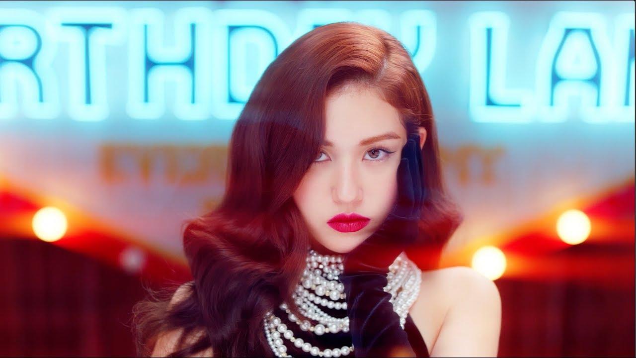 QUIZ: Can You Match SHINee's MV With The Screenshot?