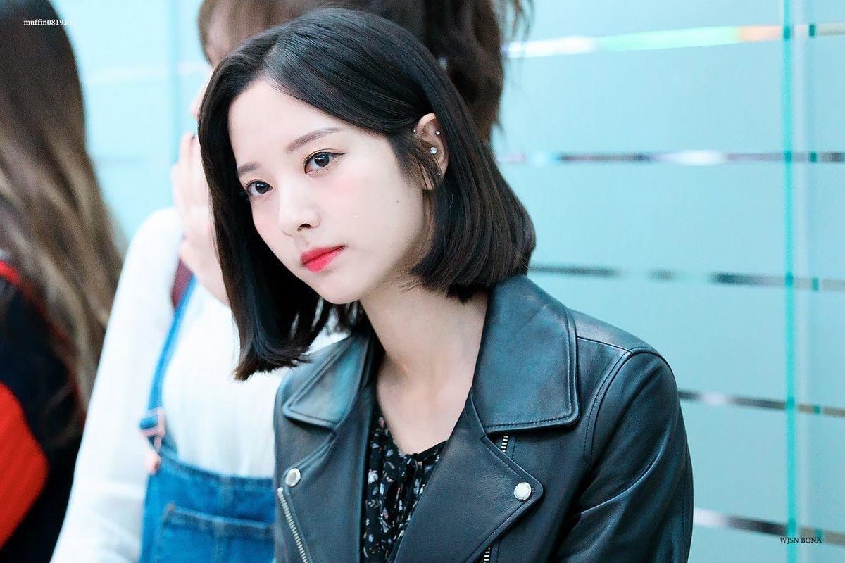 Fans Compile Unique Ear Piercings Of Numerous K-Pop Female Idols