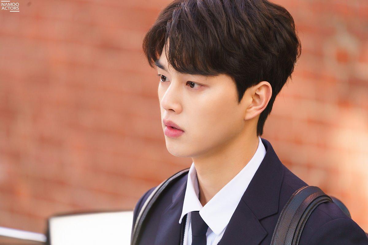kang song alarm drama behind chicos scene bonitos kpopmap actor