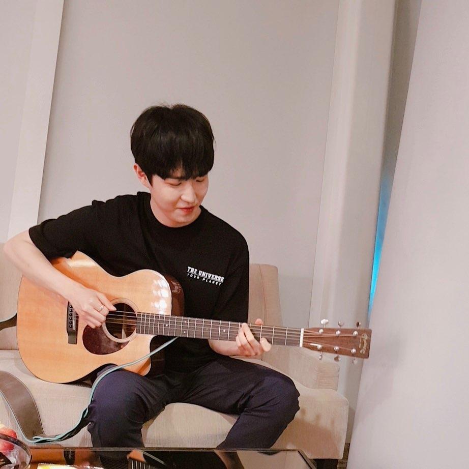 kim jaehwan, kim jaehwan profile, kim jaehwan cover, kim jaehwan singer, kim jaehwan gallant, kim jaehwan weight in gold, weight in gold,
