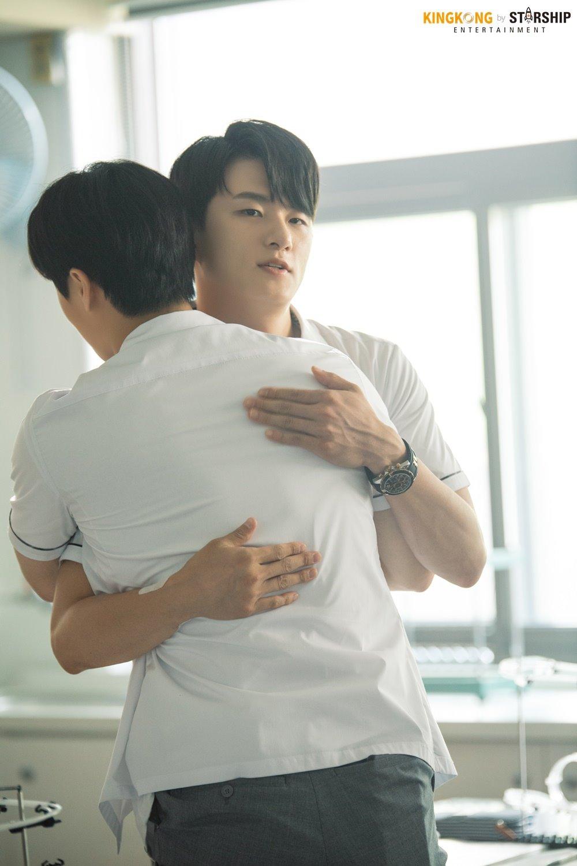 Shin SeungHo,