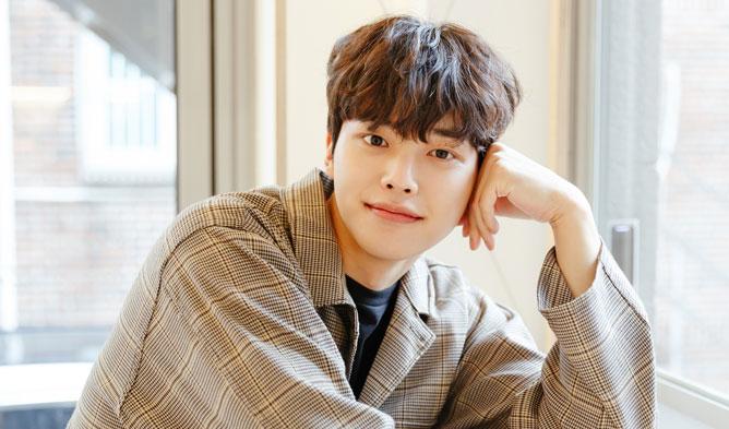 Song Kang past, Song Kang child, Song Kang high school, song kang actor