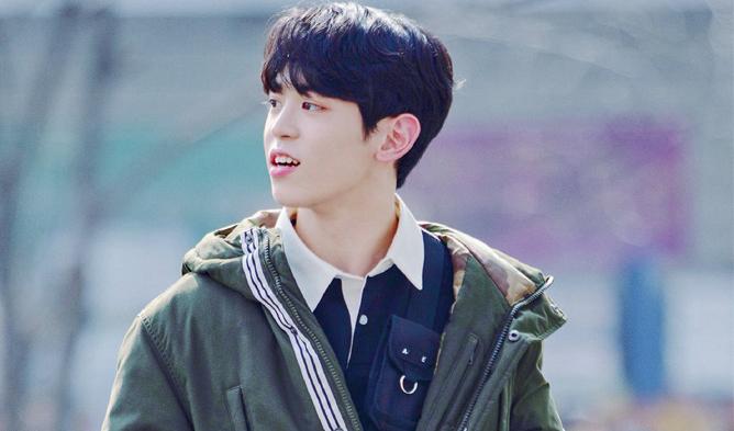 kim hyunbin, source music kim hyunbin, source music trainees, produce x 101, produce x 101 height, produce x 101 move