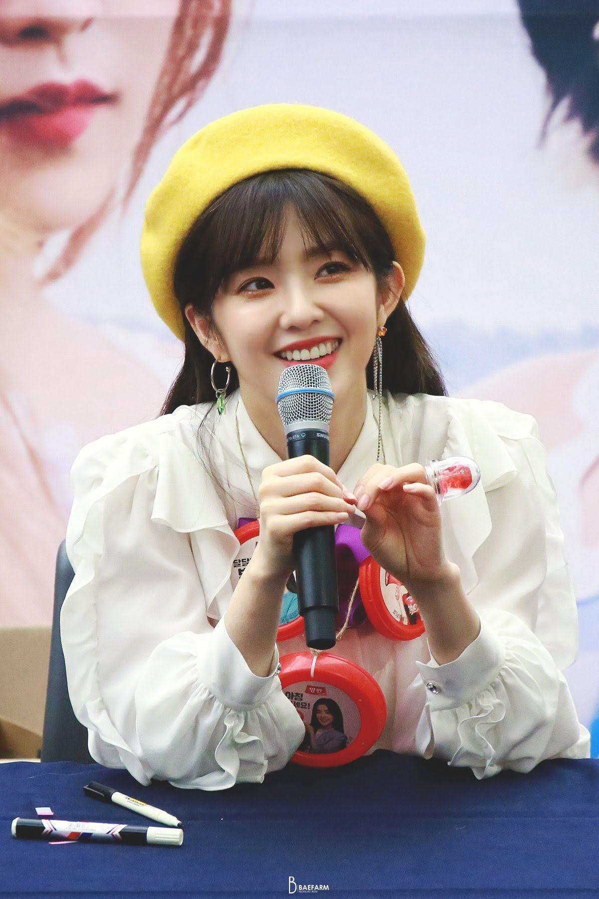 Red Velvet Irene Has 'Hotel Del Luna' Vibes In Recent Fan Sign Event