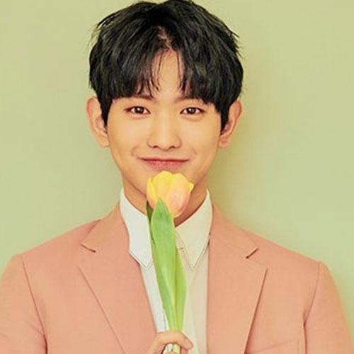 HyeongSeop x EuiWoong profile, EuiWoong, EuiWoong profile, EuiWoong kpop, EuiWoong produce