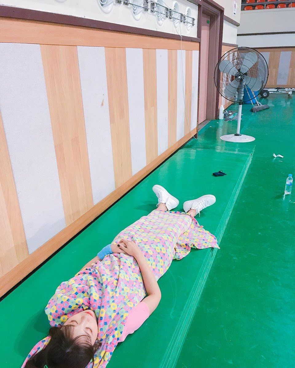 Heartbreaking Images Of K-Pop Idols Exhausted From Overworking