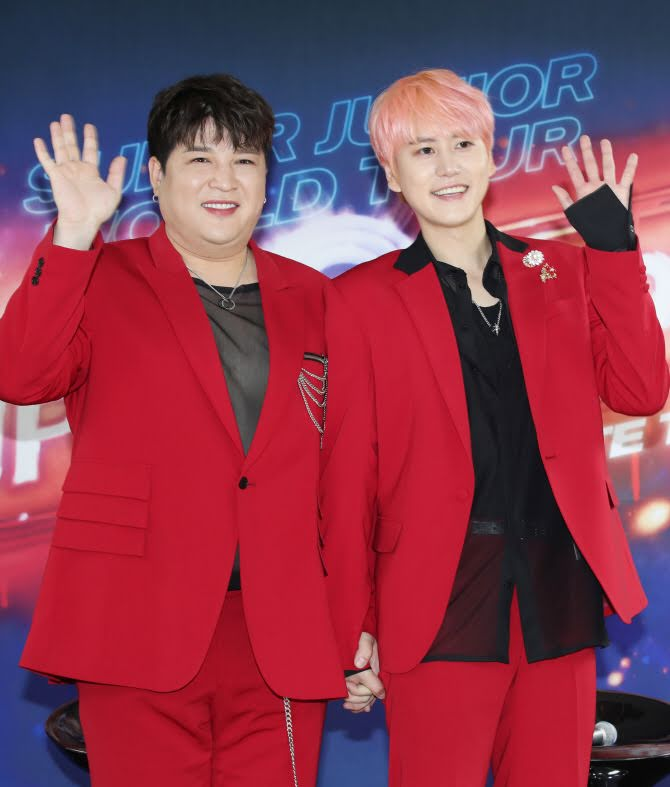 Netizens Are Saying Super Junior ShinDong Is Fat & Needs To Lose Weight